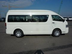 Toyota Hiace HIGH ROOF / TOIT HAUT