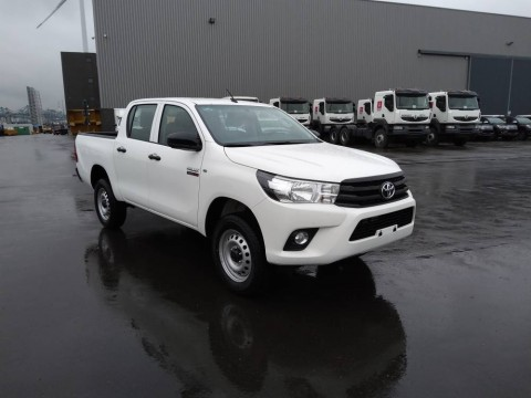 Toyota Hilux / Revo Pick-up double cabin 3.0L D PACK SECURITY