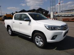 Toyota Hilux/Revo Pick up double cabin 3.0L D LUXE