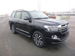 Toyota Land Cruiser 200 V8 Station Wagon 4.5L V8 TD   VX8 LIMITED PLUS 2016