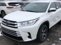 Toyota Highlander LE AWD