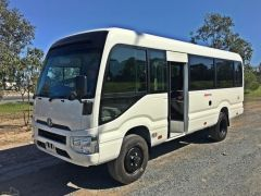 Toyota Coaster 29 seats 4.2L  Luxe 4X4 import / export