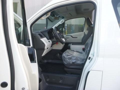 Toyota Hiace HIGH ROOF / TOIT HAUT  4X2 import / export