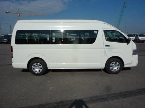 Toyota Hiace HIGH ROOF / TOIT HAUT 2.5L D4D HIGH ROOF  LONG WHEELBASE ABS-AB 4X2 import / export