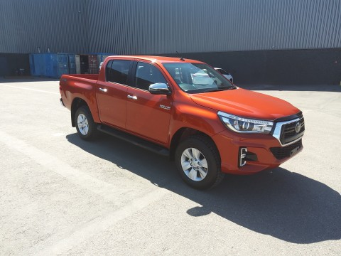 Toyota Hilux / Revo Pick-up double cabin 2.8L G