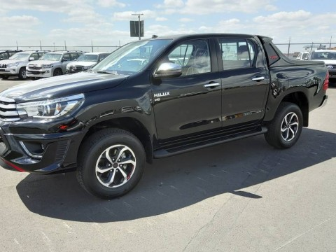 Toyota Hilux / Revo Pick-up double cabin